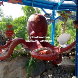 mô hình con bạch tuộc